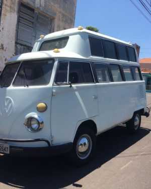 1985 VW Bus 15 Windows