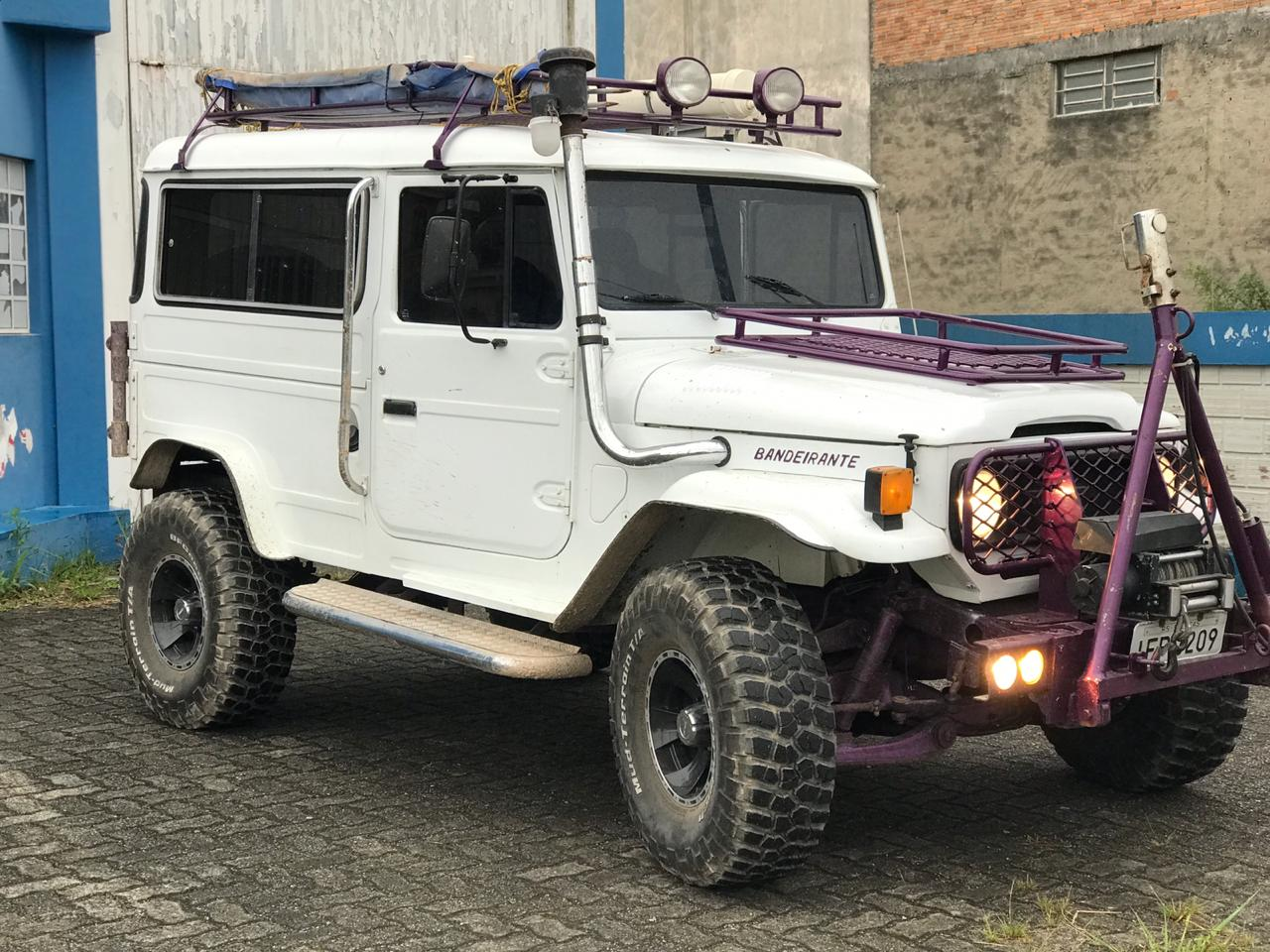 bnb toyota land cruiser