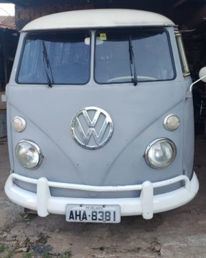1968 VW Bus 6 Doors