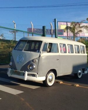 1970 VW Bus 15 Windows