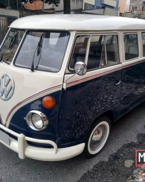 1972 VW Bus 15 Windows