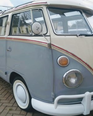 1965 VW Bus 23 Windows