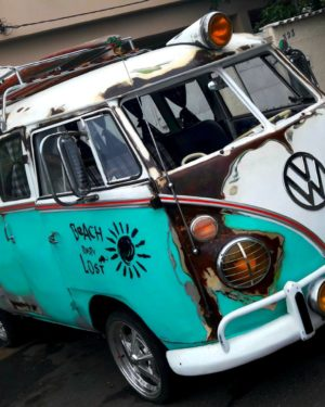 1967 VW Bus 11 Windows