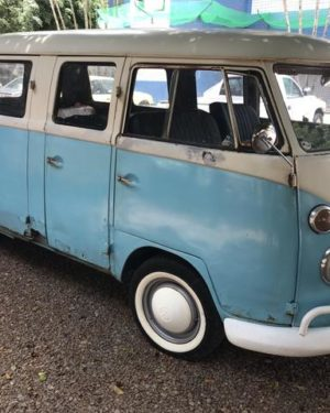 1974 VW Bus 6 Doors