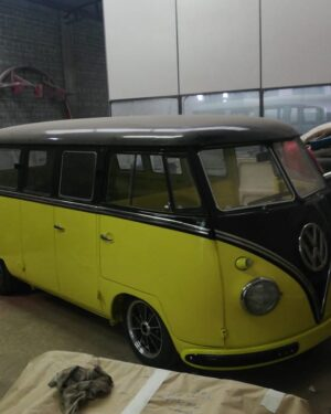 1962 VW Bus 11 Windows