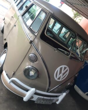 1964 VW Bus 15 Windows